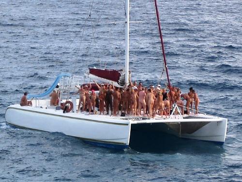 nude-cruise