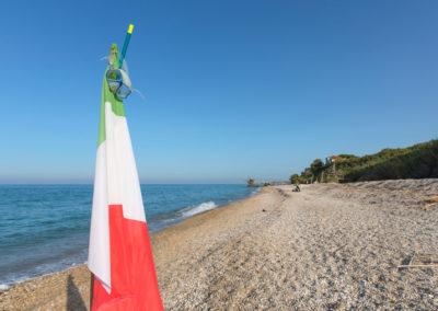 2016_bandiera in spiaggia